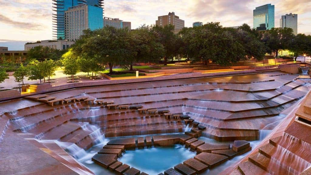 Present-day photo of the Ft. Worth Water Gardens